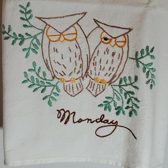 Vintage T-towels Set of Seven Owl Embroidery